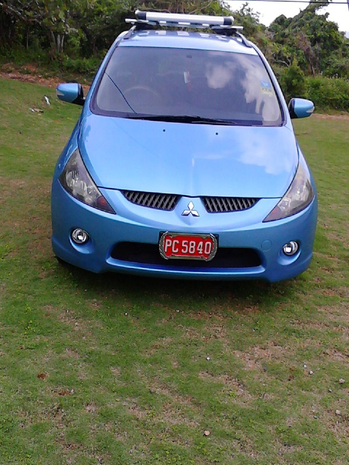2005 mitsubishi grandis for sale in portantonio portland for 900 000 cars. Black Bedroom Furniture Sets. Home Design Ideas