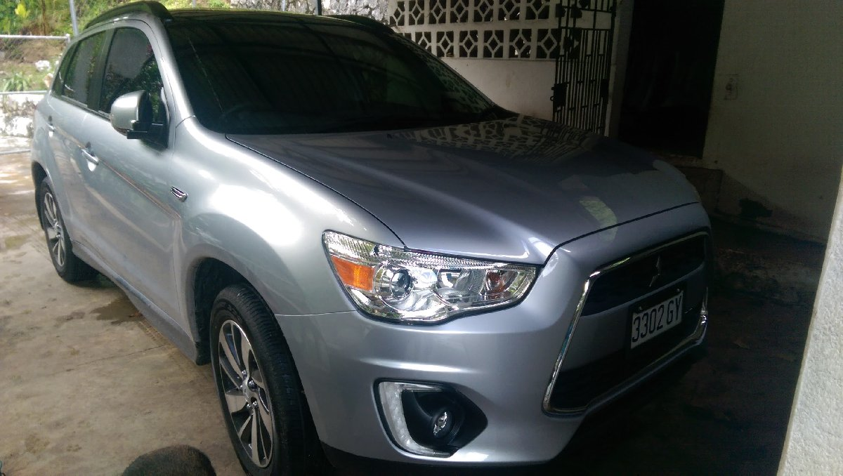 2016 mitsubishi asx 4wd for sale in manor park carland kingston st andrew for 3 500 000 vans. Black Bedroom Furniture Sets. Home Design Ideas