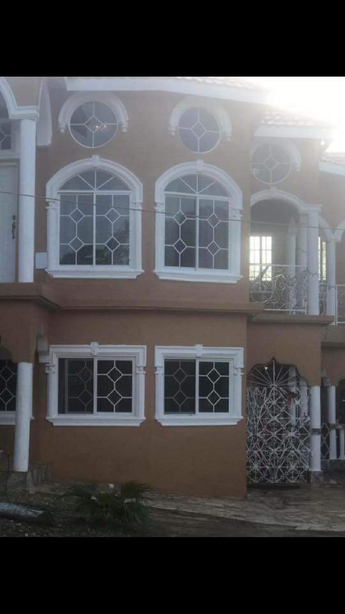 2 Bedroom 2 Bathroom Apartment For Rent in Siloah St ...
