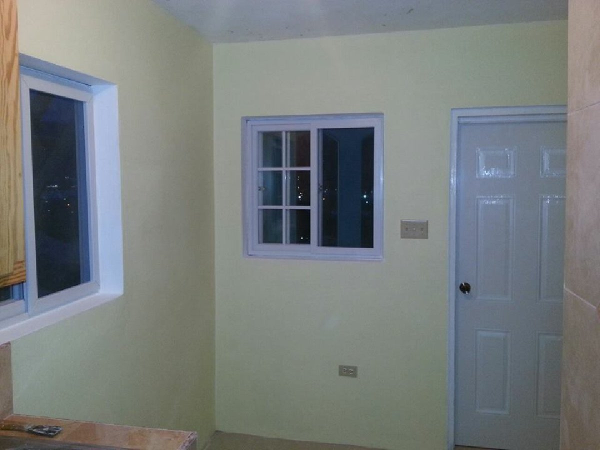 1 Bedroom With Kitchen And Bathroom For Rent In Goldsmith