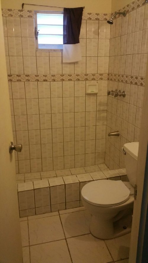 One Bedroom For Rent: Unfurnished 1 Bedroom 1 Bathroom For Rent In Cornwall