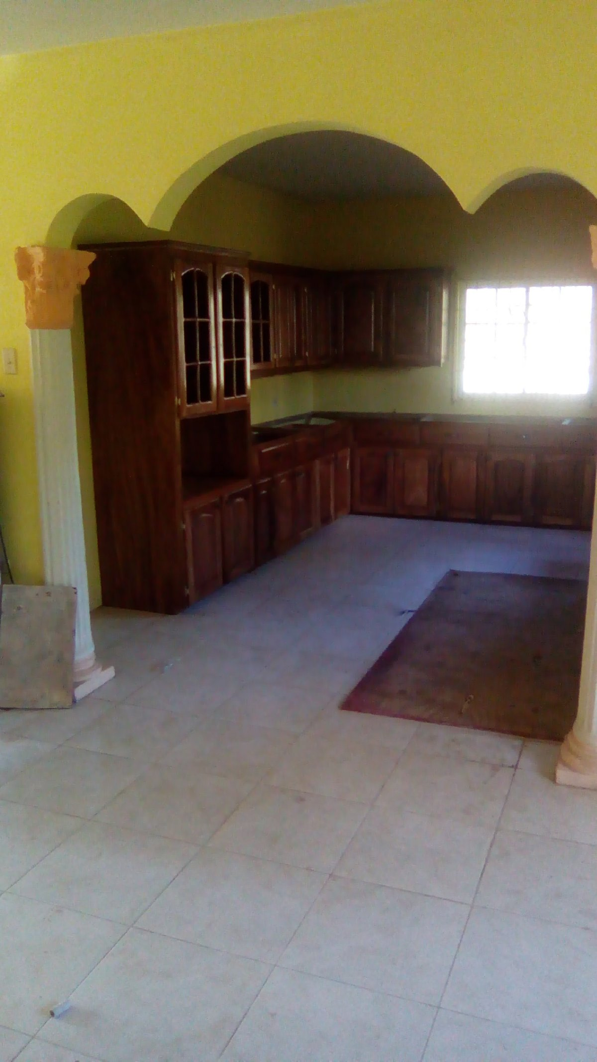 7 Bedroom 4 Bathroom House Recently Built For Sale In