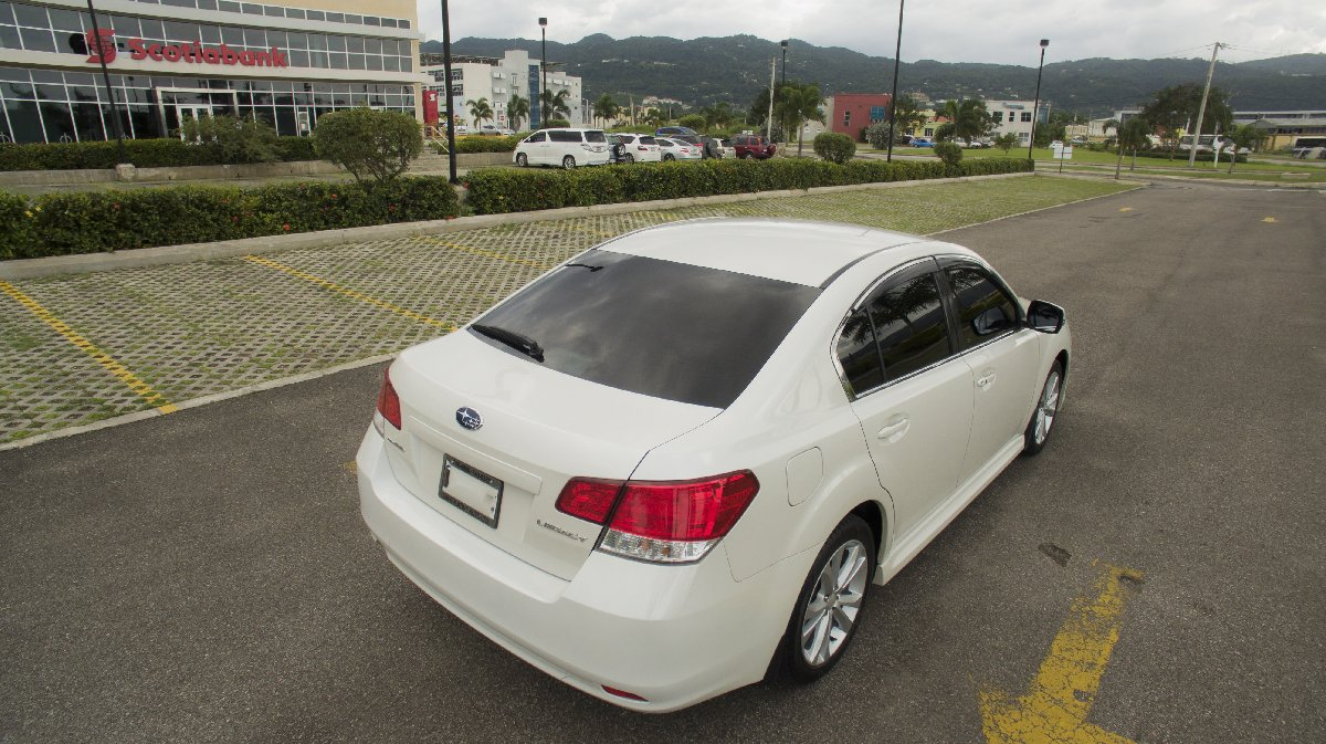 2013 subaru legacy b4 for sale in montego bay kingston st andrew cars. Black Bedroom Furniture Sets. Home Design Ideas