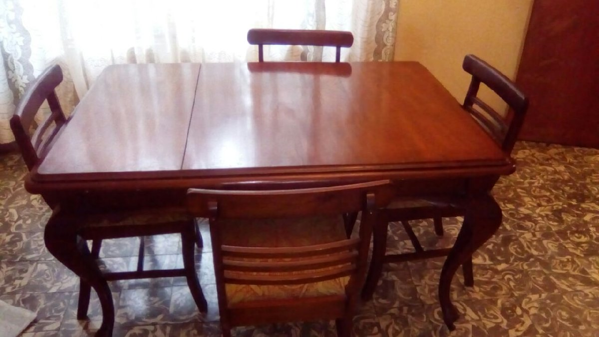 4 Seat Wooden Dining Table Set