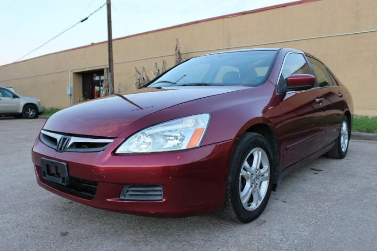 2006 honda accord ex 4dr sedan 5a w leather for sale in kingston kingston st andrew cars. Black Bedroom Furniture Sets. Home Design Ideas