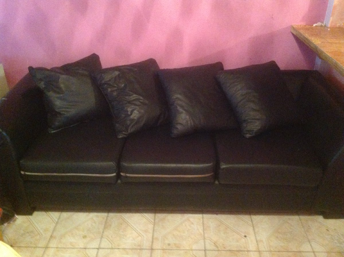 Leatherette sofa for sale in liguanea kingston st andrew for Sofa bed jamaica