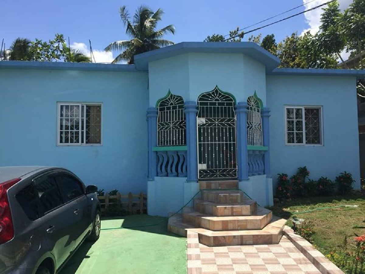 1 bedroom house for rent 2 bedroom 1 bathroom house for rent in linstead st 17924