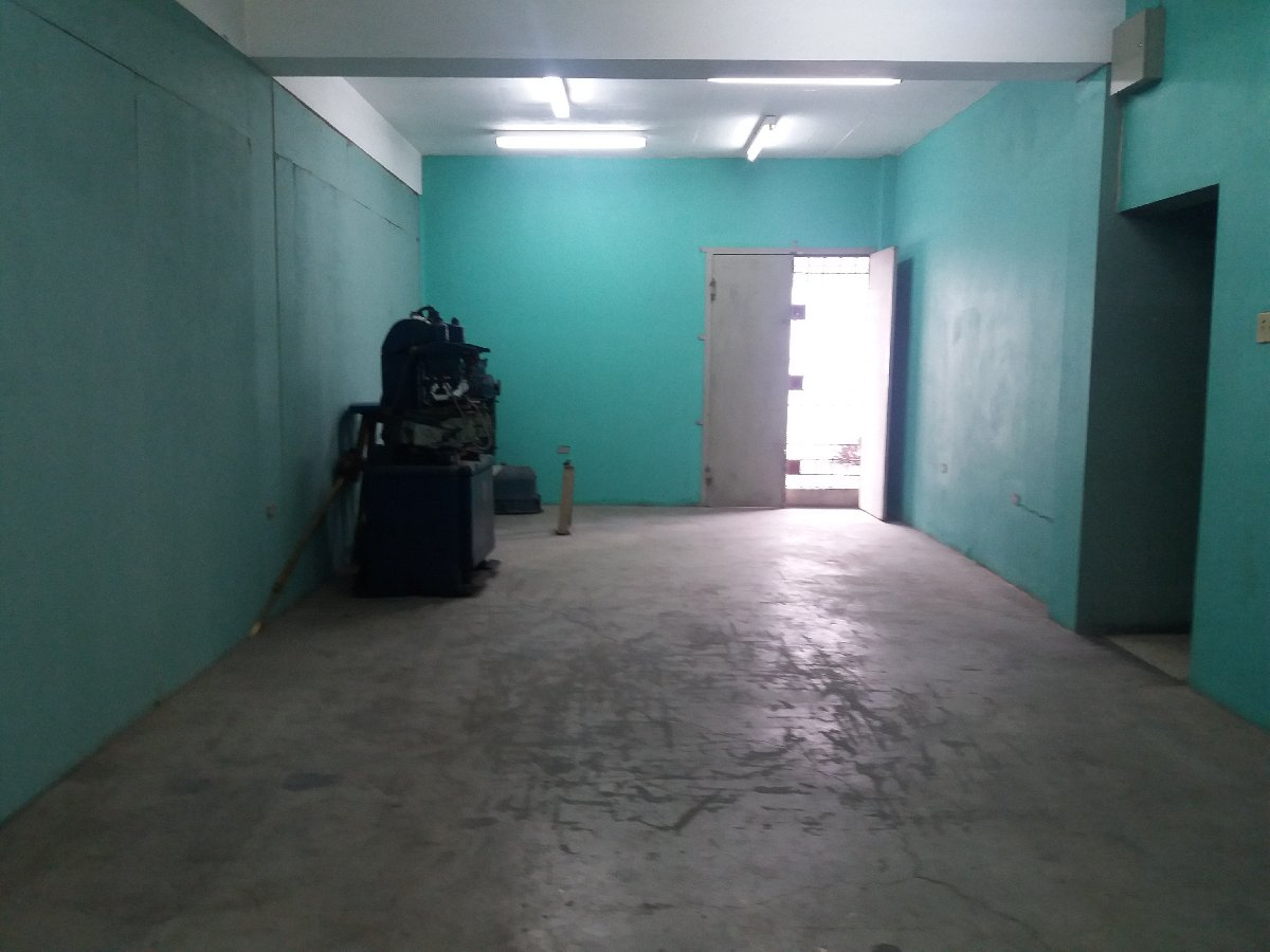 1640 Sq Ft Warehouse Space Dry Goods Storage B For Rent