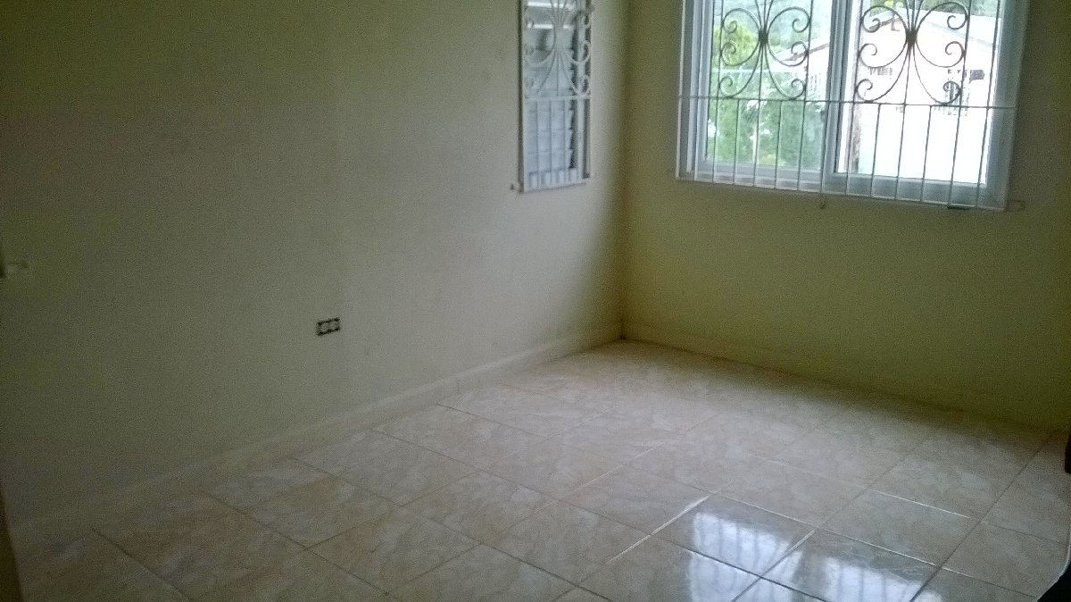 Bedroom For Rent In Portmore In Southborough Portmore St Catherine Houses