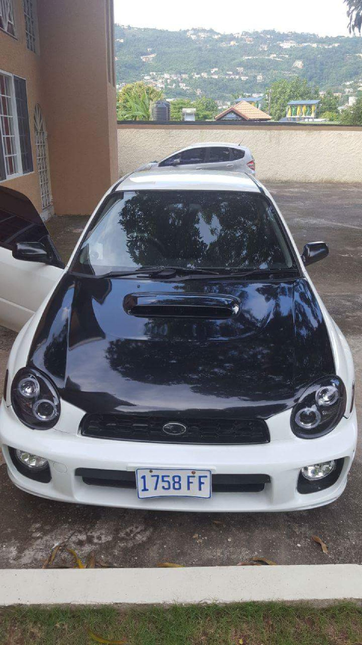 subaru wrx turbo automatic for sale call 5127758 in hagley park plaza kingston st andrew cars. Black Bedroom Furniture Sets. Home Design Ideas