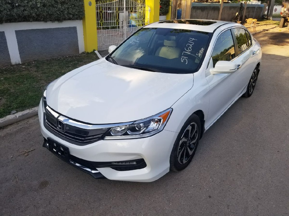 2016 honda accord for sale in kingston kingston st andrew cars. Black Bedroom Furniture Sets. Home Design Ideas