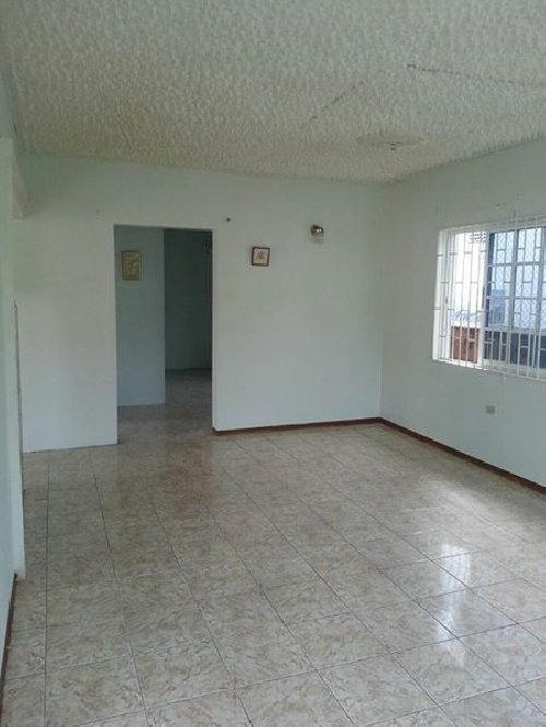 1 Bedroom Own Conveniences For Rent