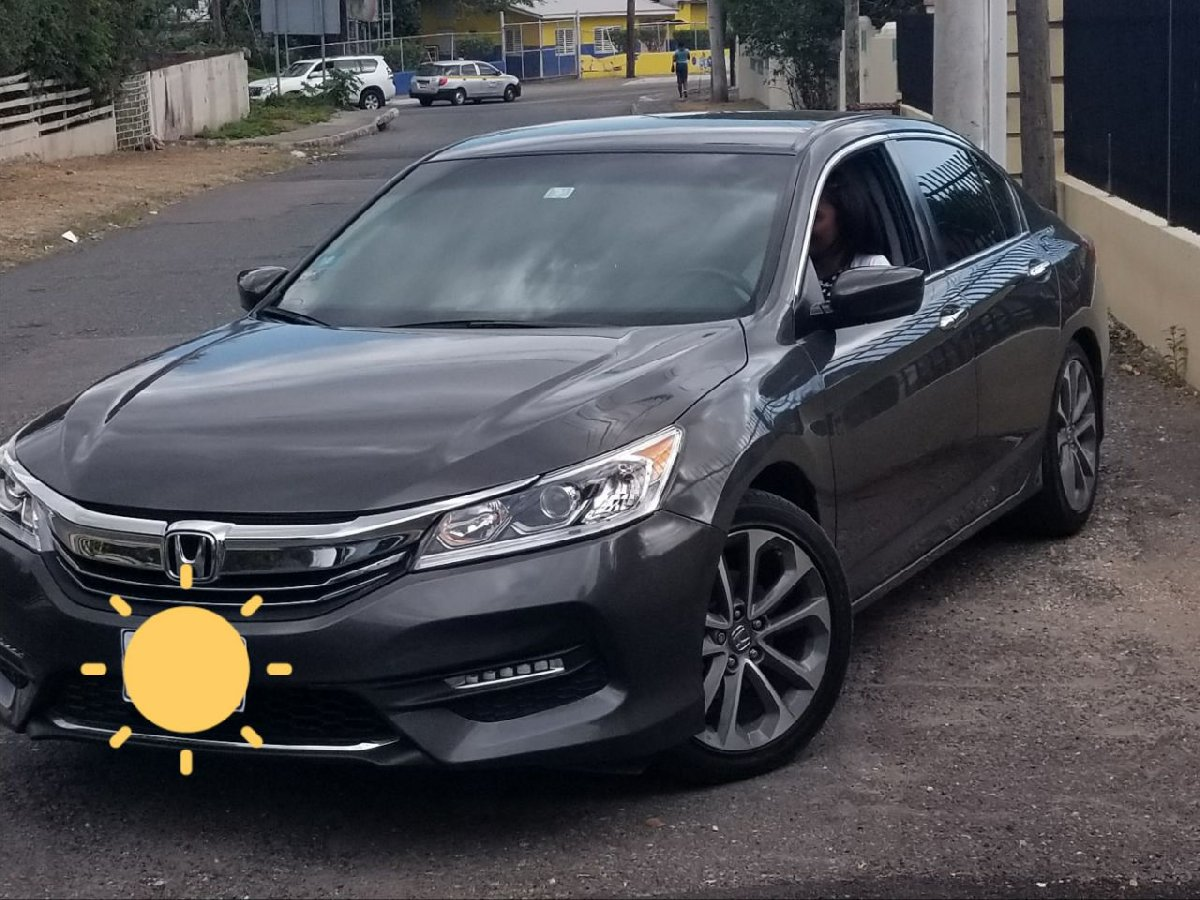 2017 honda accord for sale in half way tree kingston st andrew for 2 700 000 cars. Black Bedroom Furniture Sets. Home Design Ideas