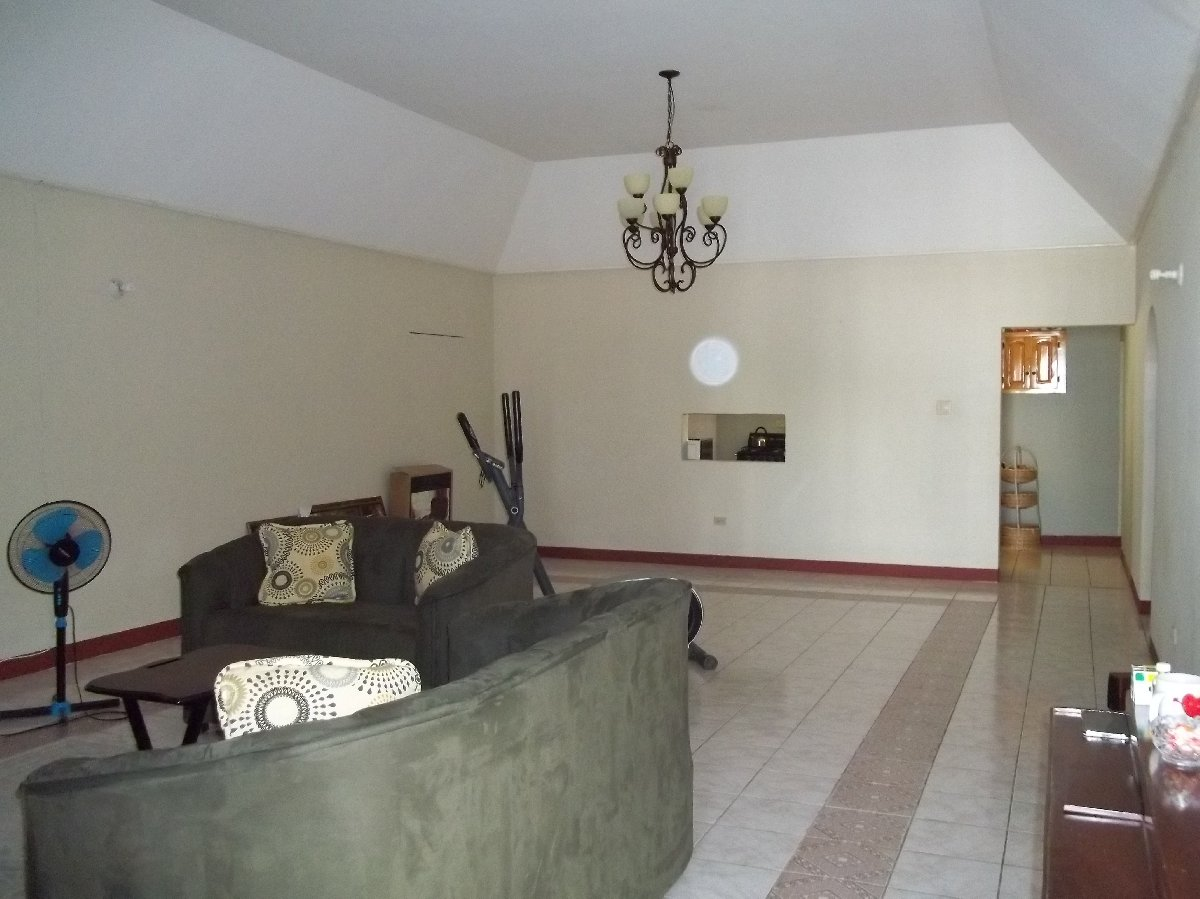 5 Bedrooms 3 5 Bathrooms Bungalow House For Sale In Harris Glades Four Paths Clarendon For