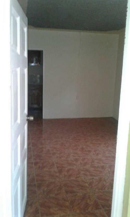 2 Bedrooms 1 Bathroom House For Rent