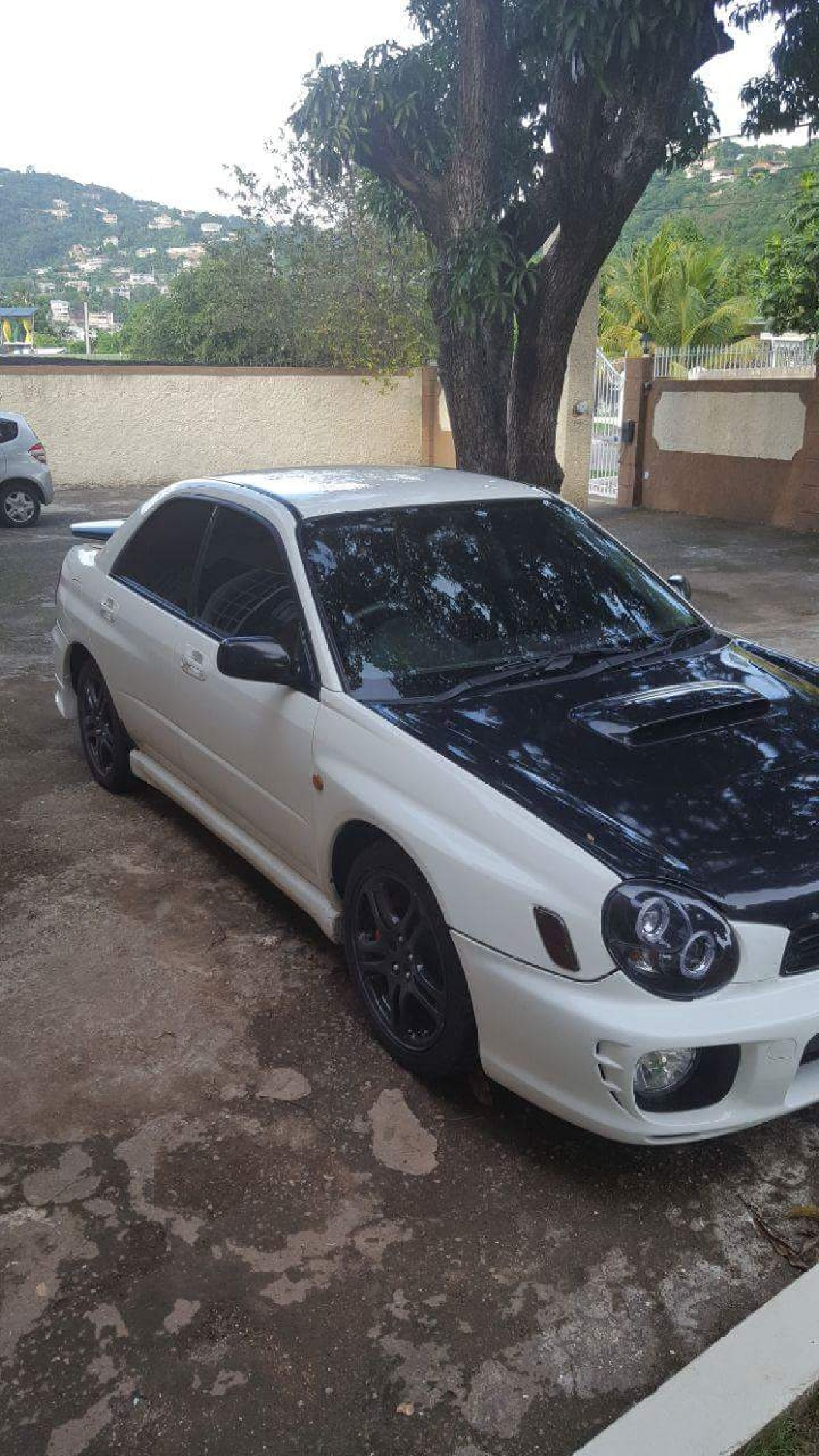 subaru wrx turbo automatic for sale in half way tree kingston st andrew for 630 000 cars. Black Bedroom Furniture Sets. Home Design Ideas