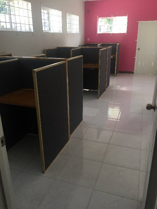 Call Center Includes 30Cubicles, Water & Internet