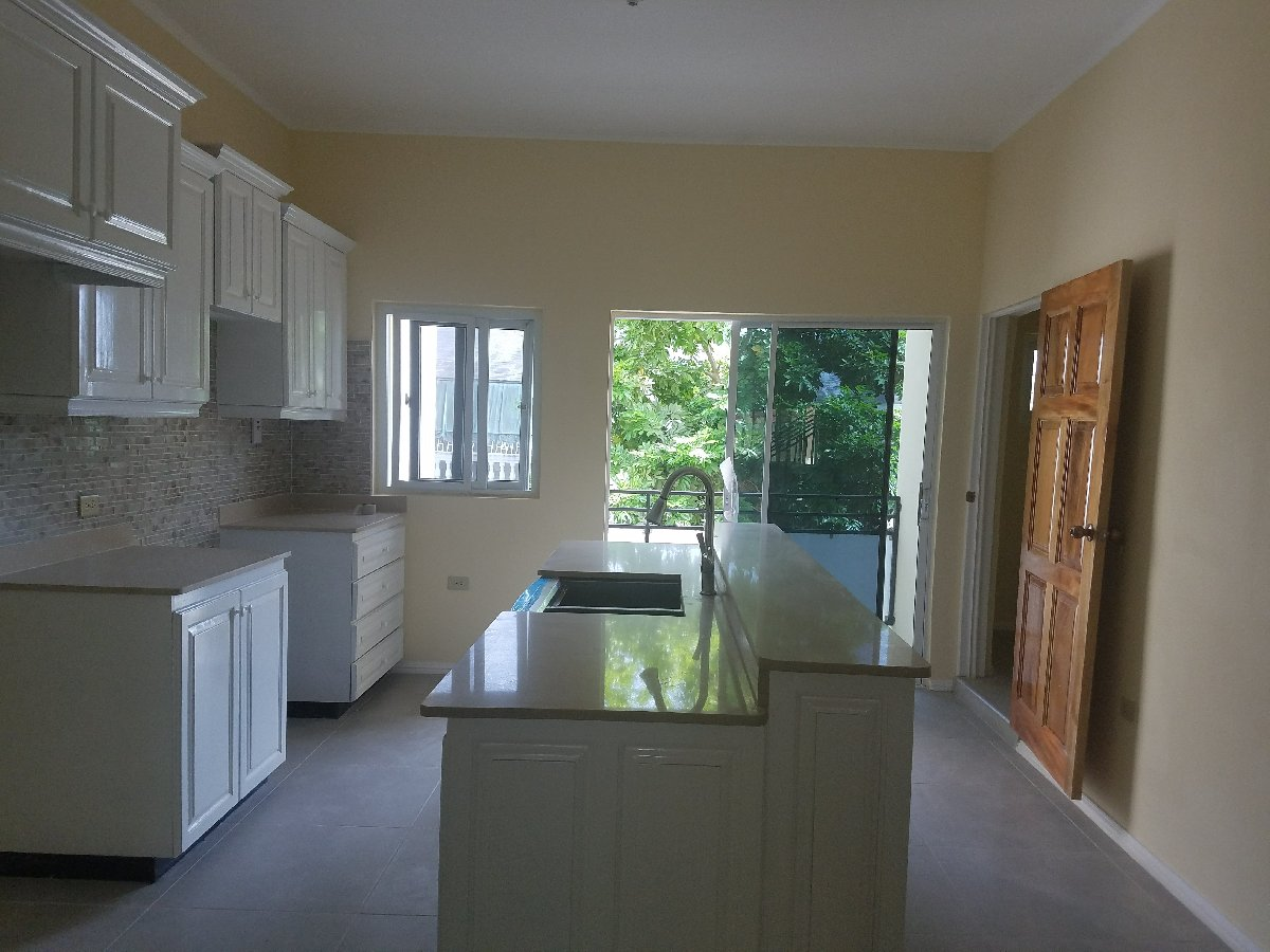 3 bedroom 3 5 bathroom 2000 sq f townhouse for sale in - 3 bedroom 3 bathroom homes for sale ...
