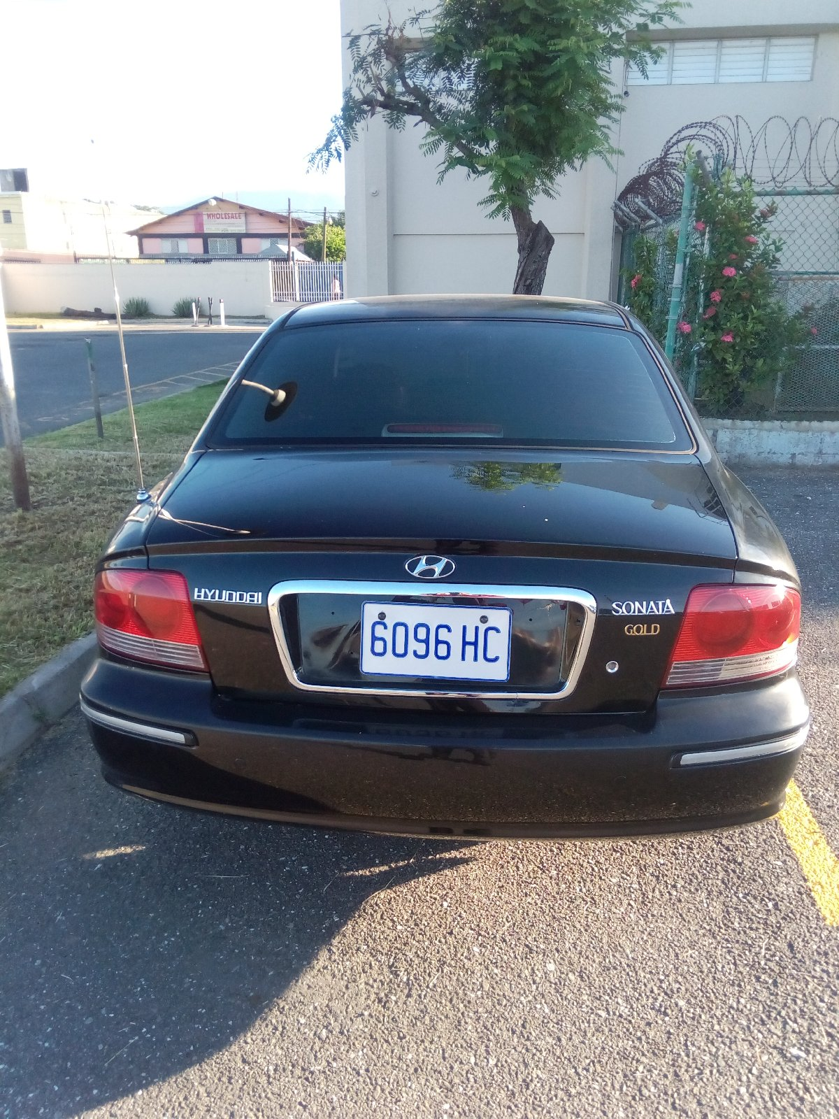 2005 hyundai sonata gold for sale in el prado verde st catherine cars. Black Bedroom Furniture Sets. Home Design Ideas