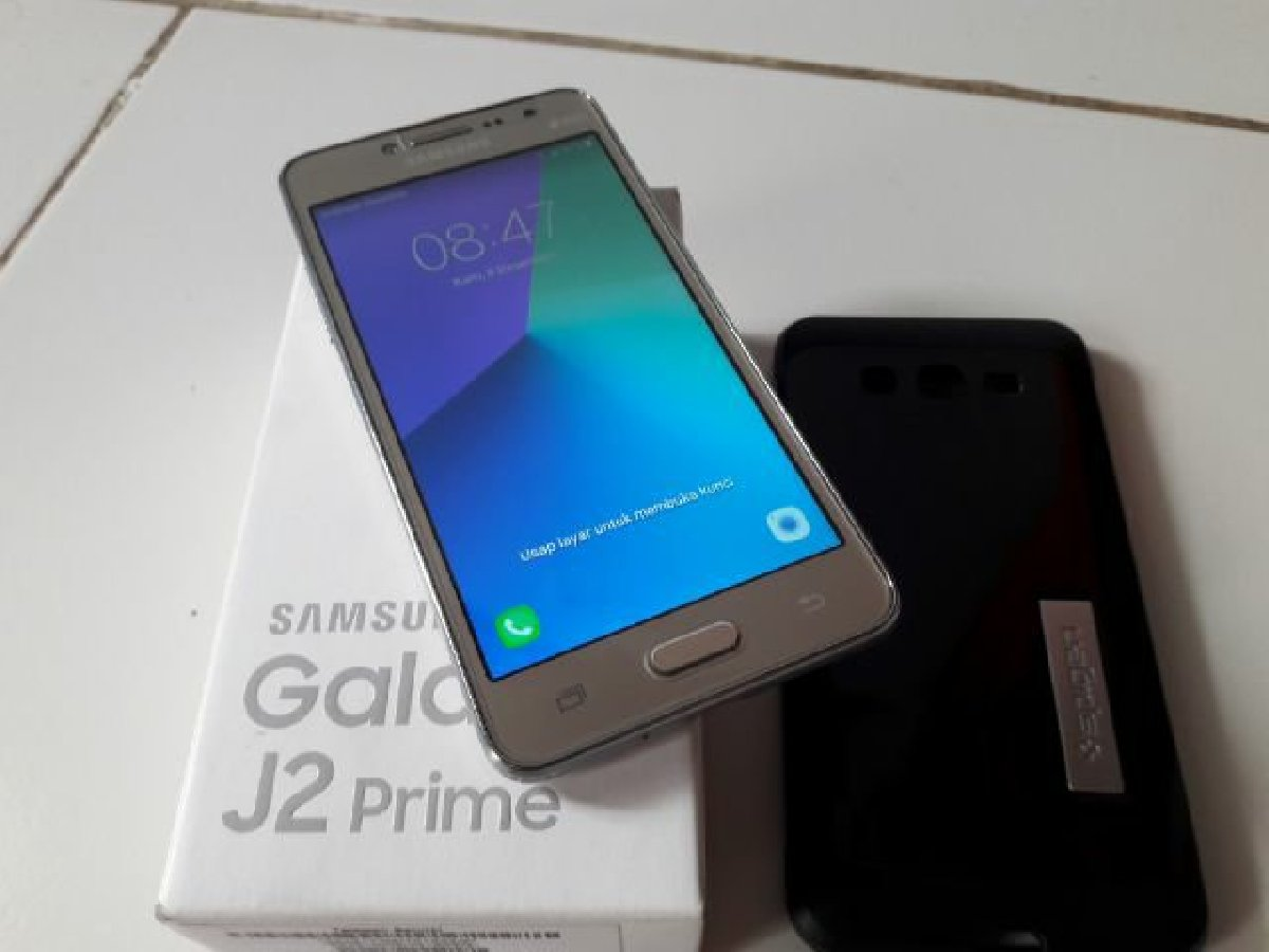 Samsung Galaxy J2 Prime For Sale In Half Way Tree Kingston St Andrew