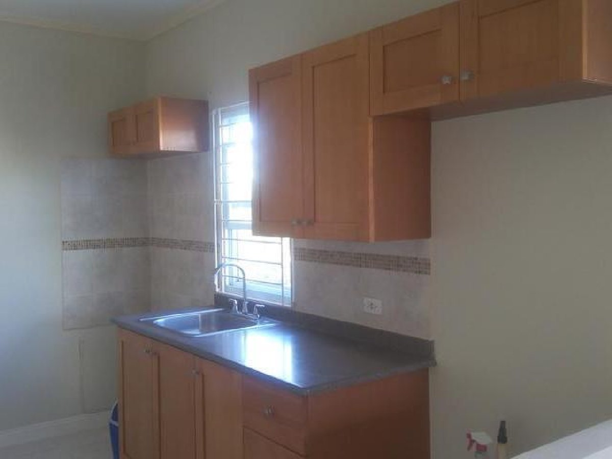 2 Bedroom 1 Bath Semi Detached House For Rent In Off Old Harbour Rd Near Inswood High School