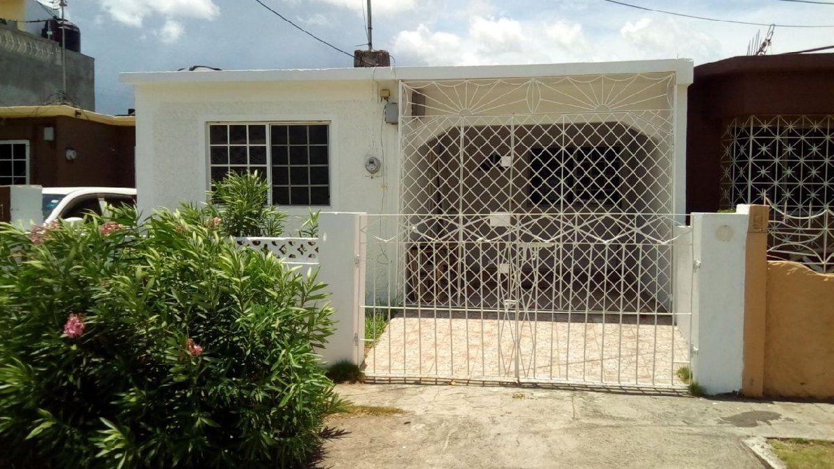 4 Bedroom For Sale In 9 Troja Road Westchester Portmore St