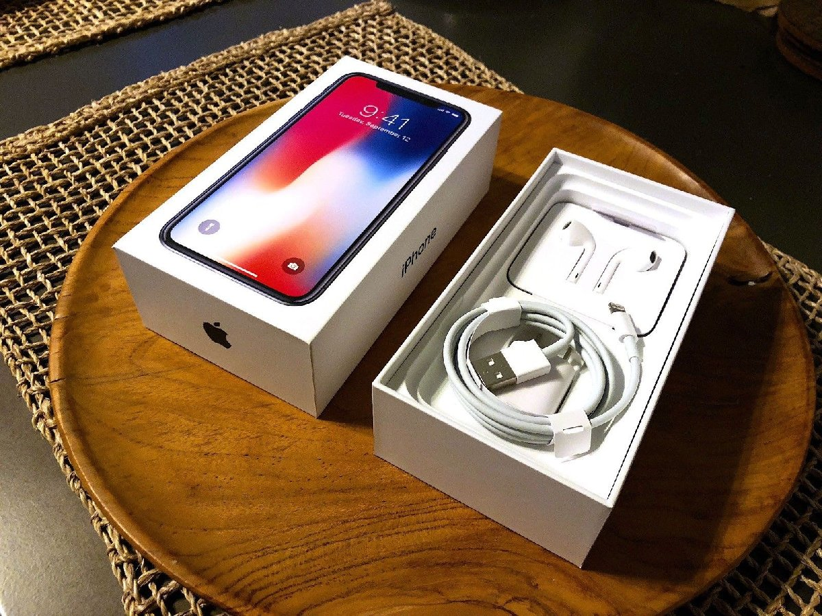 For Sell Apple IPhones for sale in Belgium Trelawny - Phones