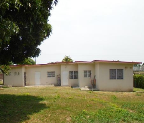 4 Bedroom House For Rent: Recently Renovated 4 Bedroom 2 Bathroom House For Rent In