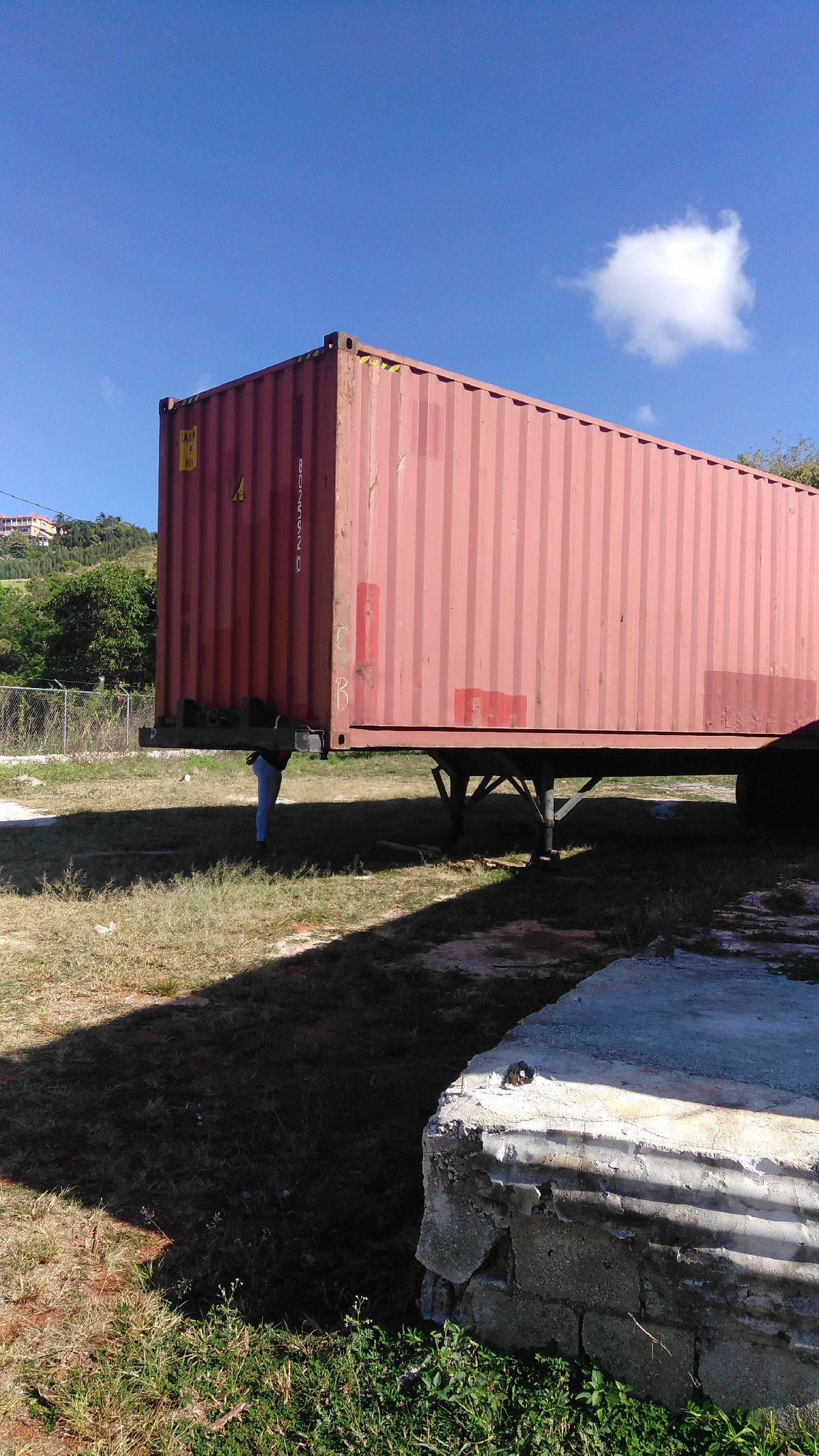 40ft Container for sale in Mandeville Manchester - Tools