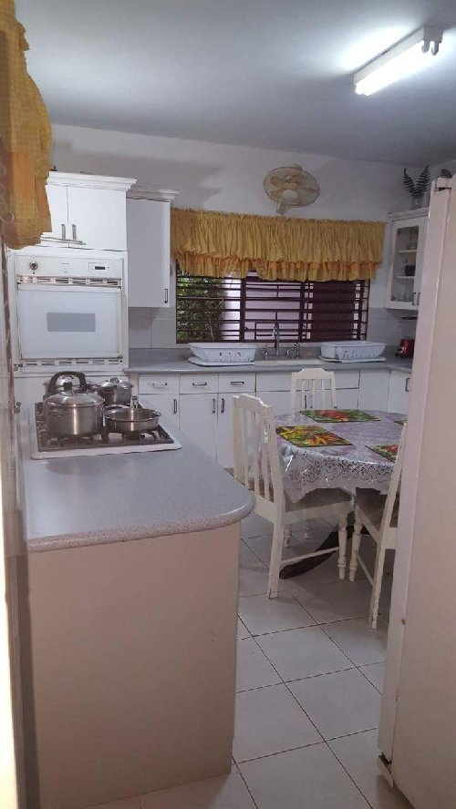 4 Bedroom 4 1/2 Bathroom Fully Furnished