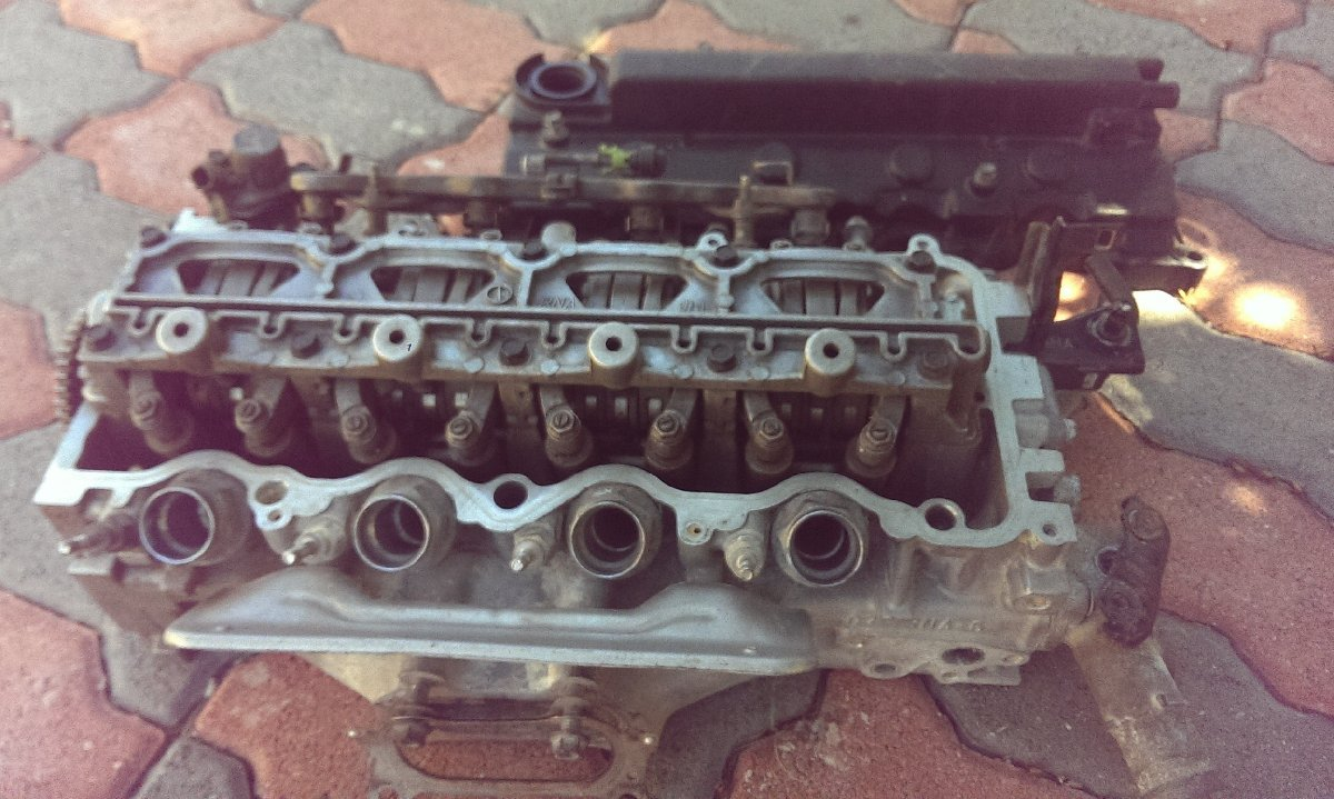 Honda R18A Engine Head For Sale in Portmore St Catherine