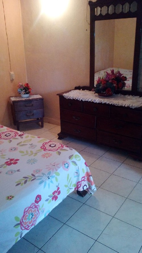 Single Furnished 1 Bedroom ( Students Only)