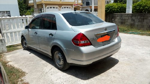 2009 Nissan Tiida Latio - Whatsapp Me Cars Portmore