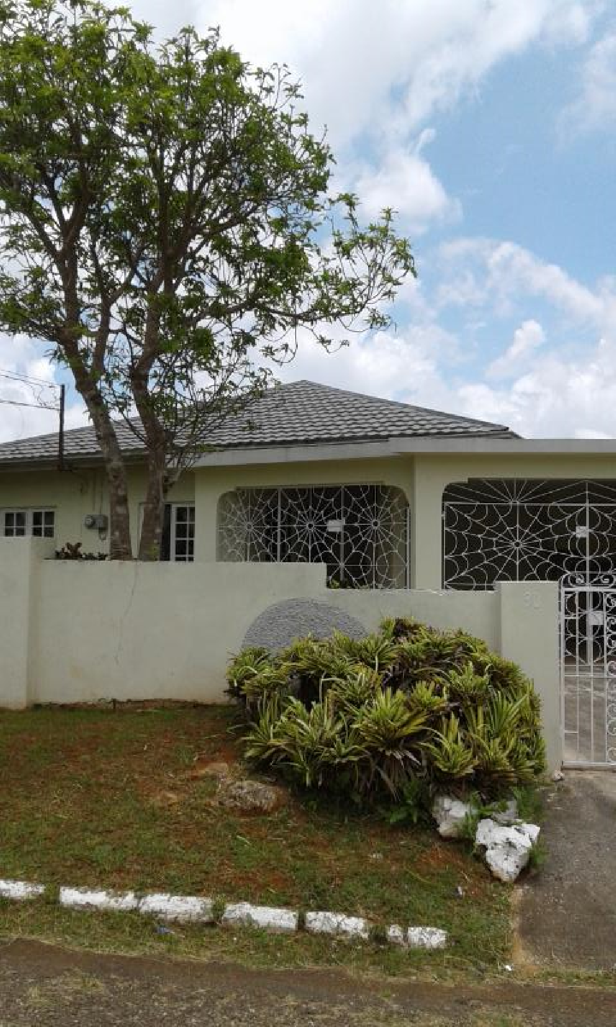 3 Bedroom House For Sale In Mandeville In Greenvale