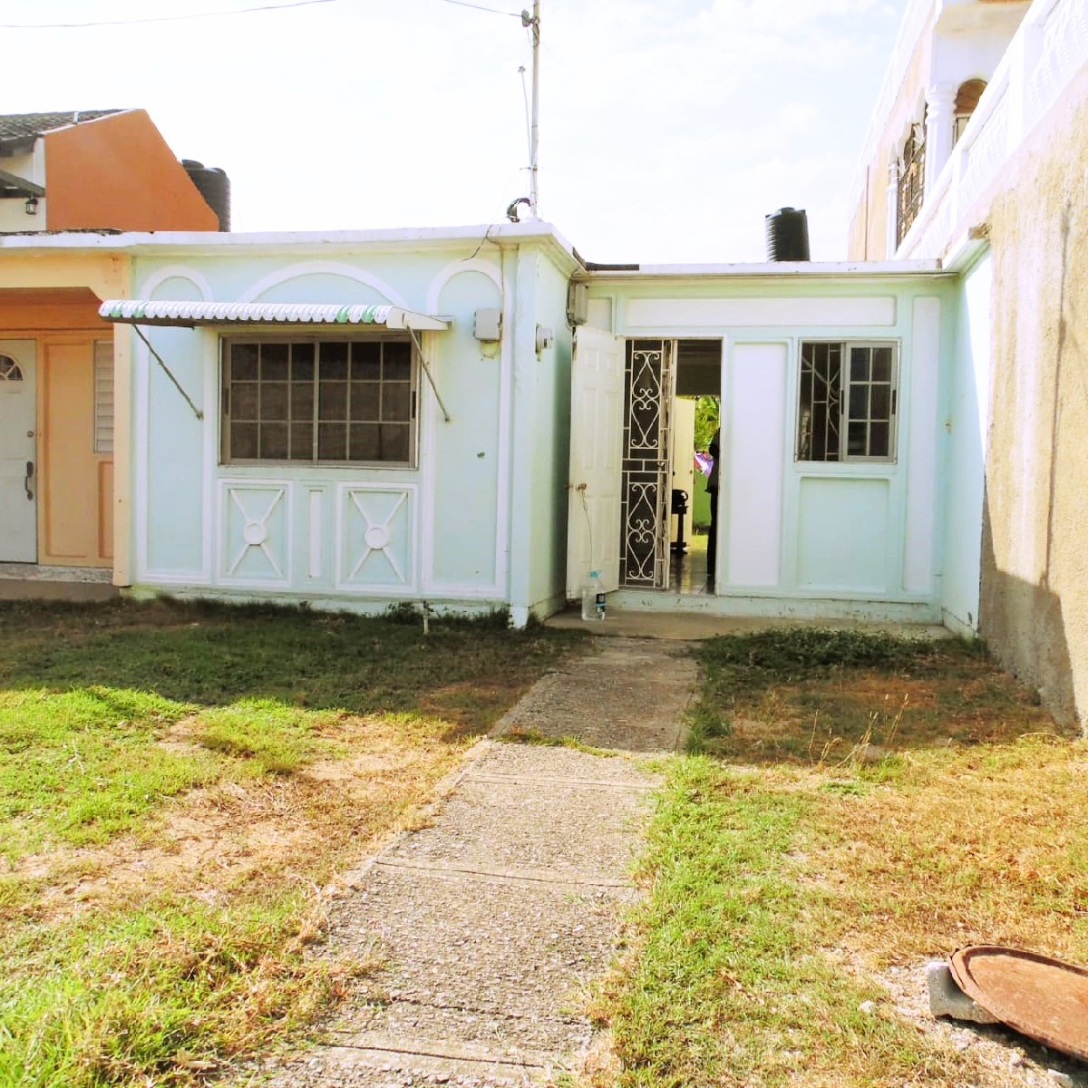 Find Rent Houses: 2 Bedroom 1 Bathroom Quad For Sale In Greater Portmore St