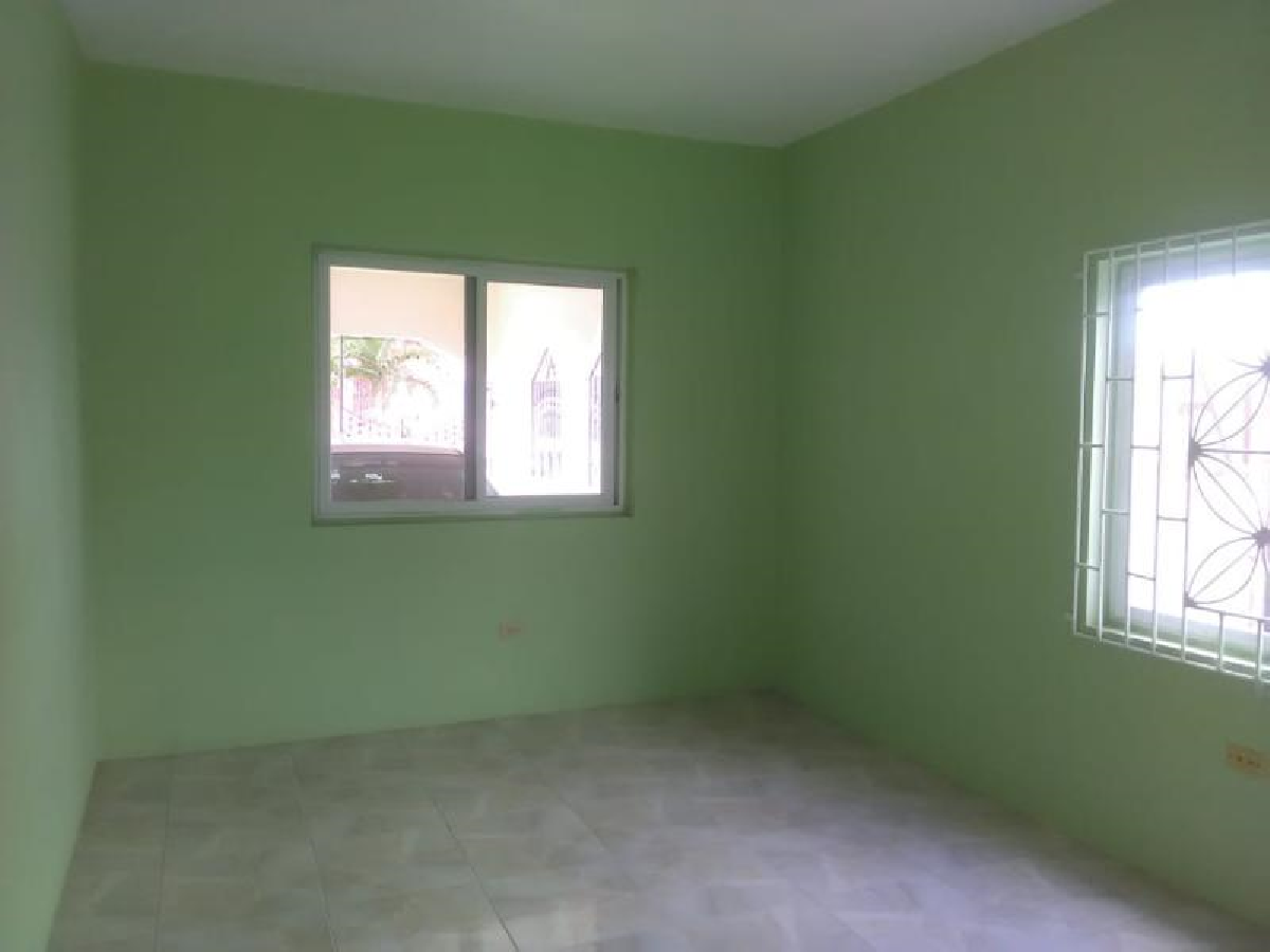 2 Bedroom Apt In Spanish Town St Catherine