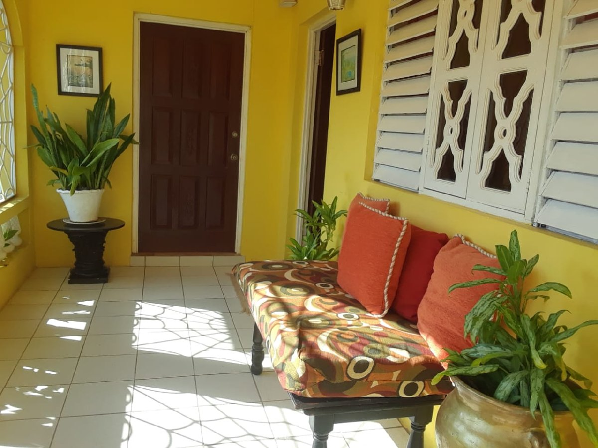 2 Bedroom 2 Bathroom House For Rent In Hellshire St