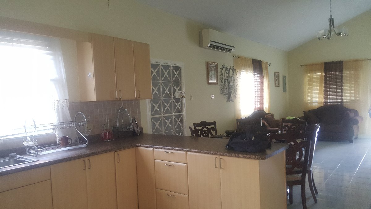 3 Bedroom 2 Bathroom House For Sale In Caribbean Estate Portmore St Catherine Houses