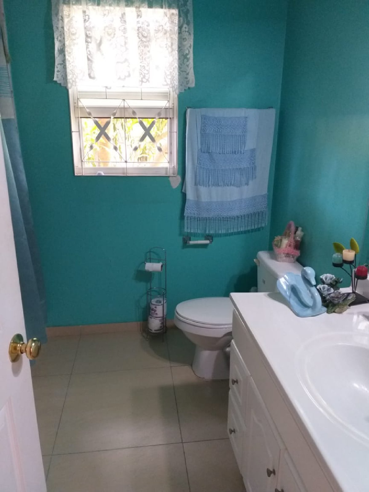 One Bedroom For Rent: Semi-furnished 1 Bedroom For Rent, Single Person In El