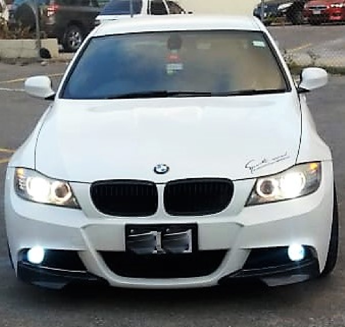 **2011 BMW 320i M- Sport Package** For Sale In Montego Bay