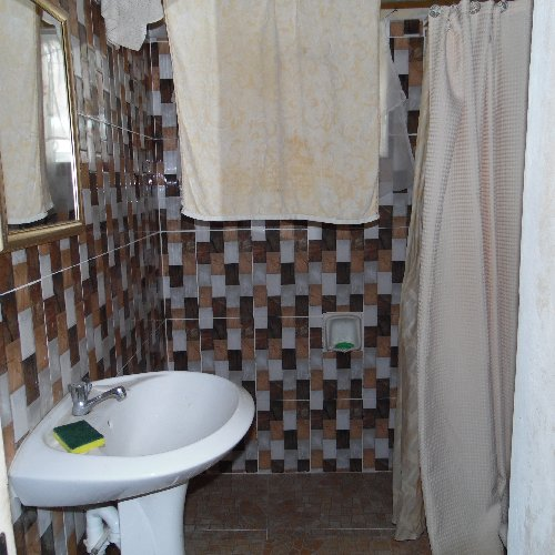 7 Bedroom 4 Bath 4 Kitchen
