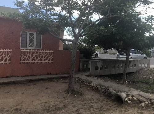 3 Bedroom (2 EAST, GREATER PORTMORE)