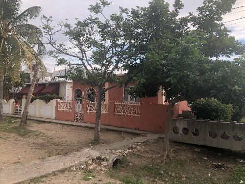 3 Bedroom 1 Bathroom House For Sale