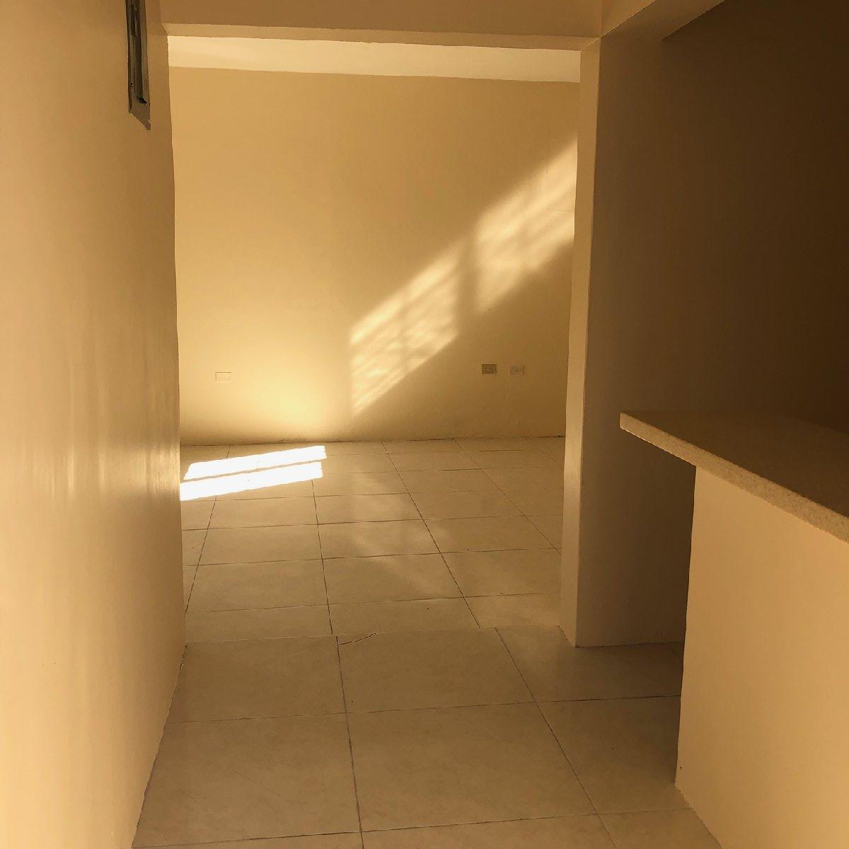 Studio And 1 Bedroom Apartments For Rent: 1 Bedroom Studio For Rent In Meadowbrook Kingston St