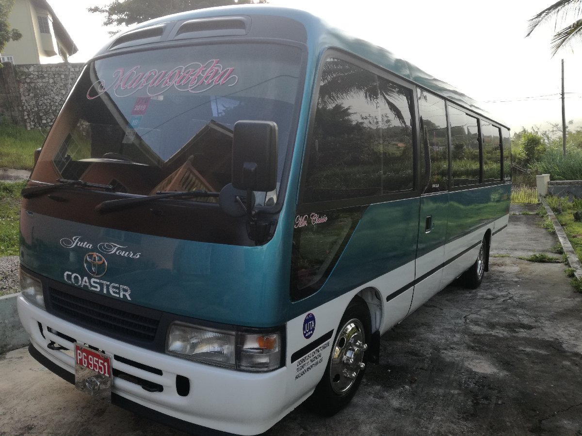 1999 toyota coaster bus for sale in mandeville manchester
