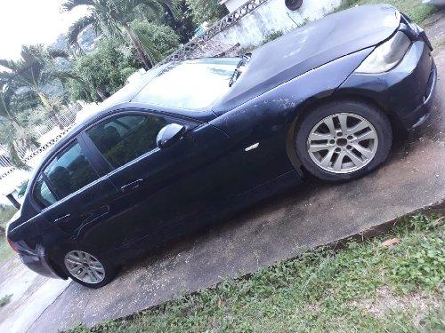 2006 BMW 320I $975k Negotiable!