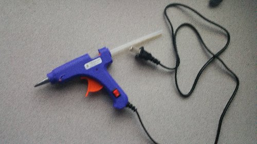 Hot Glue Gun  With Glue Sticks (pack Of 8)