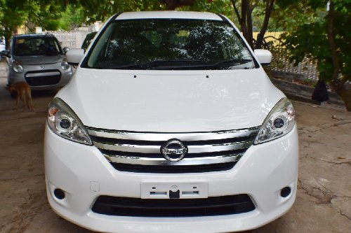 2013 Newly Imported Nissan Lafesta (Low Mileage) Cars Montego Bay