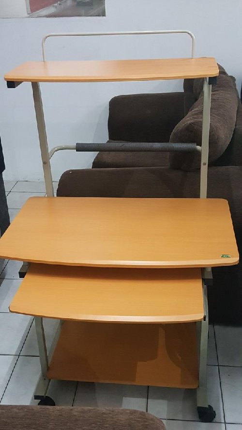 BRAND NEW Computer Table