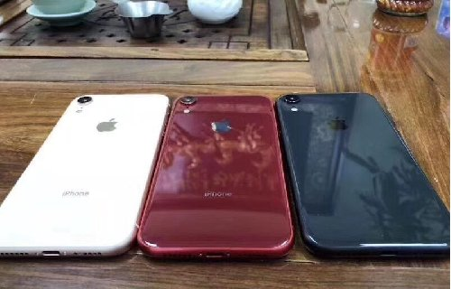 Apple IPhone XS Max 512GB , Samsung Galaxy S9Plus